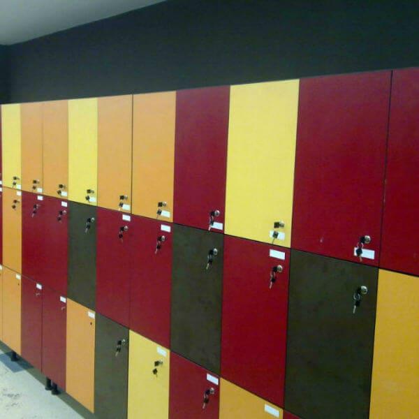 creación de espacios de trabajo y fenólicos